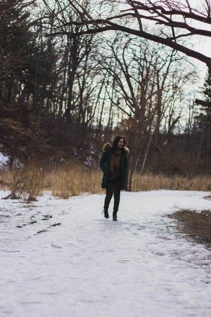 model, winter, pose, jacket, coat, green, spring, woman, girl, brunette,, thaw, snow, park