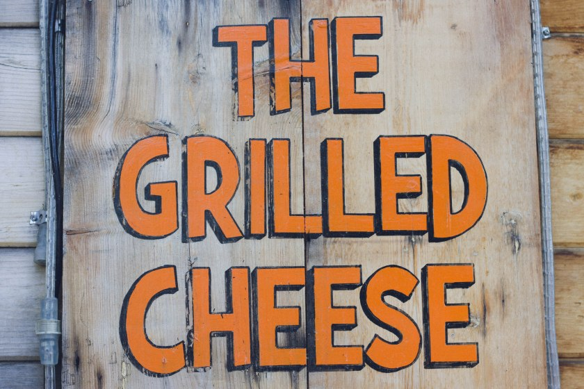 the grilled cheese, restaurant, sign