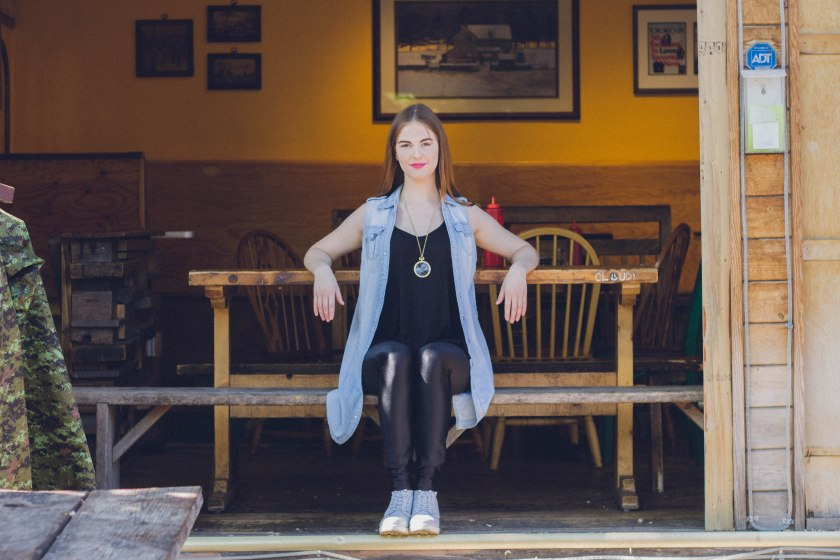 model, toronto, kensington market,  fashion, portrait, the grilled cheese, restaurant
