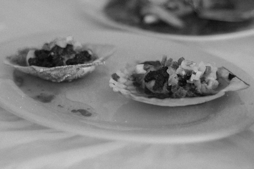 Toronto, food, scallops, seafood, black and white, bw