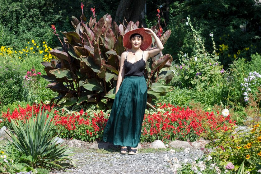 woman, garden, toronto, portrait