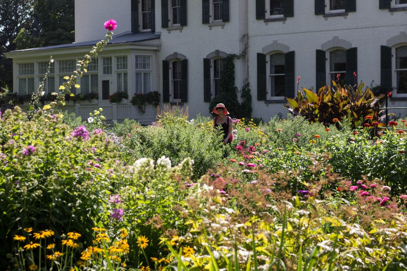 Woman, toronto, garden, spadina house museum